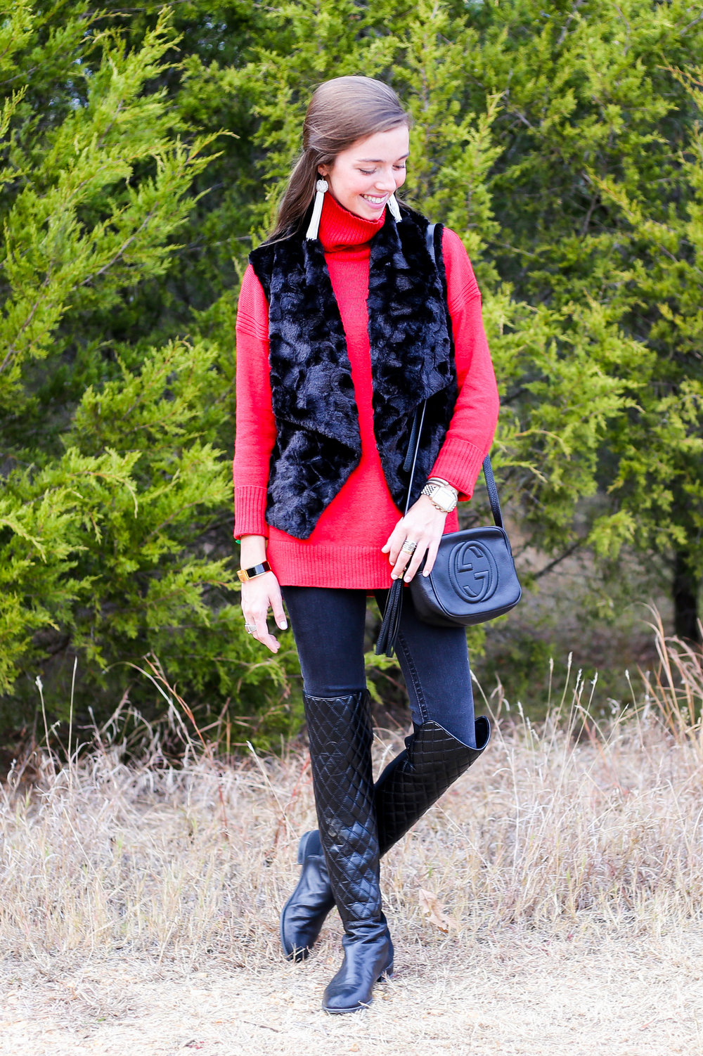 fashion blogger lcb style red sweater holiday (7 of 21).jpg