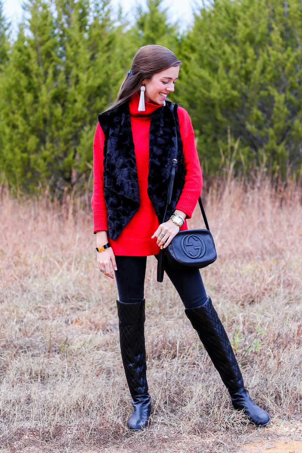 fashion blogger lcb style red sweater holiday (20 of 21).jpg
