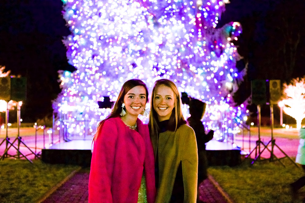 fashion blogger lcb style greenbrier resort christmas tree lighting (4 of 24).jpg