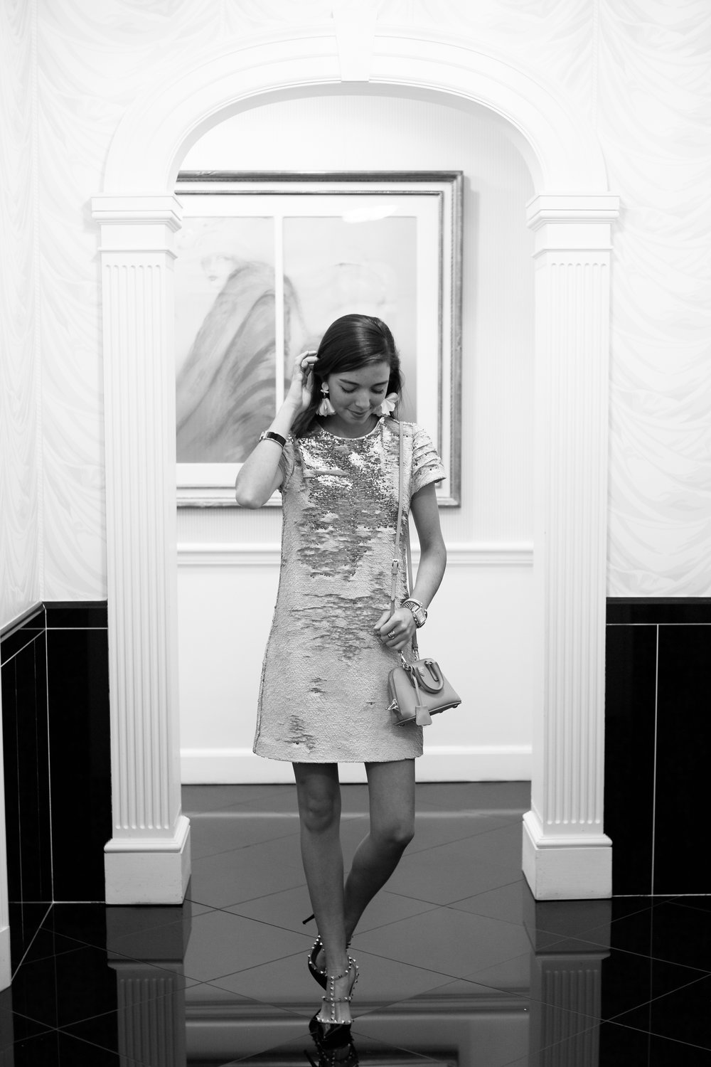 fashion blogger lcb style greenbrier resort christmas tree lighting (8 of 24).jpg