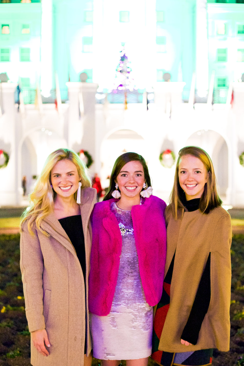 fashion blogger lcb style greenbrier resort christmas tree lighting (5 of 24).jpg
