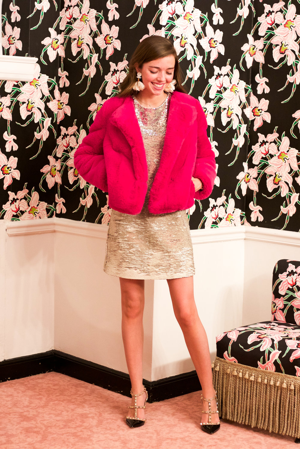 fashion blogger lcb style greenbrier resort christmas tree lighting (19 of 24).jpg