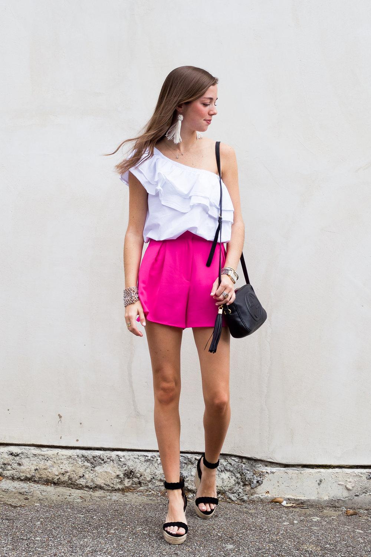 lcb style fashion blogger mignonne gavigan sincerely jules ruffle top (4 of 16).jpg