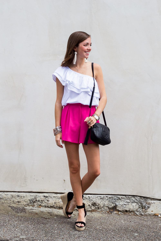 lcb style fashion blogger mignonne gavigan sincerely jules ruffle top (6 of 16).jpg