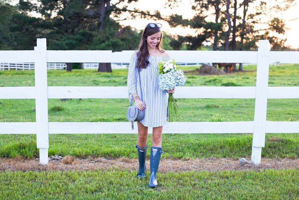 51fashion blogger lcb style old navy hunter boots stripe.JPG