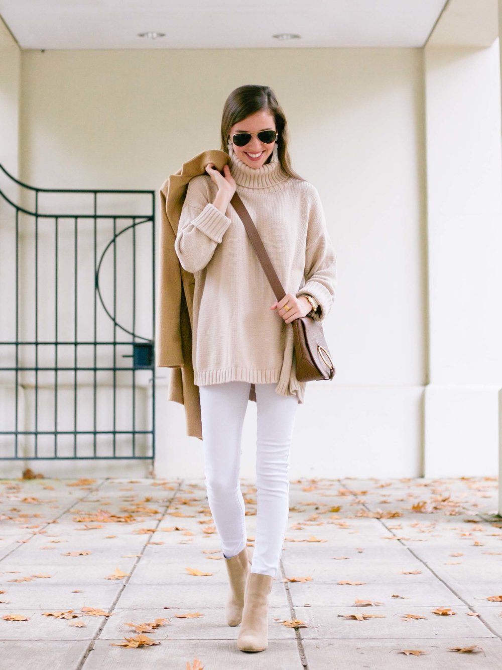 fashion blogger lcb style camel coat white jeans (10 of 18).jpg