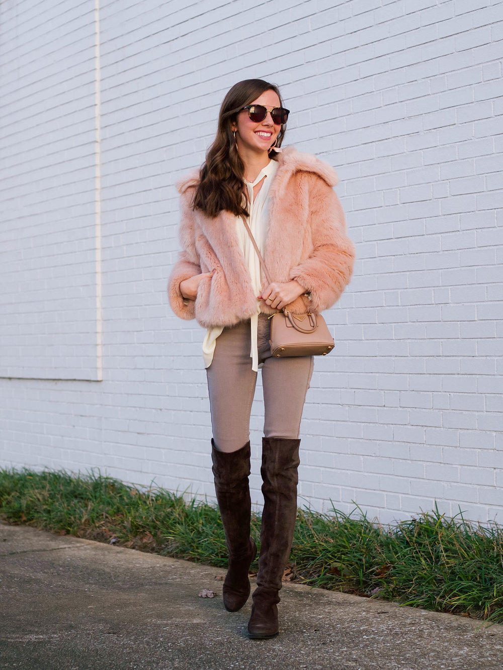 fashion blogger lcb style faux fur winter outfit (2 of 36).jpg