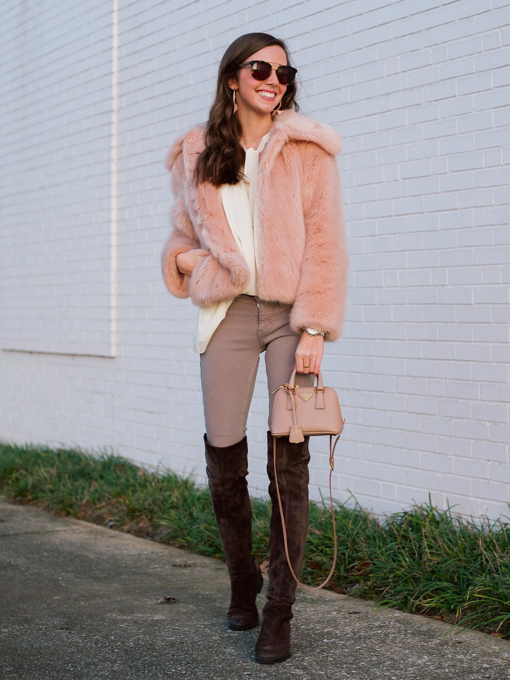 fashion blogger lcb style faux fur winter outfit (31 of 36).jpg