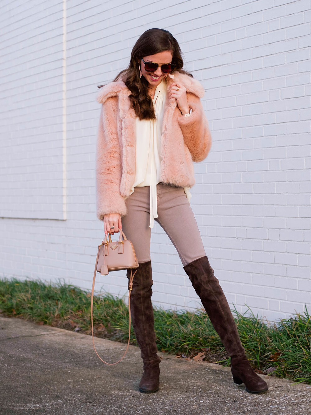 fashion blogger lcb style faux fur winter outfit (8 of 36).jpg