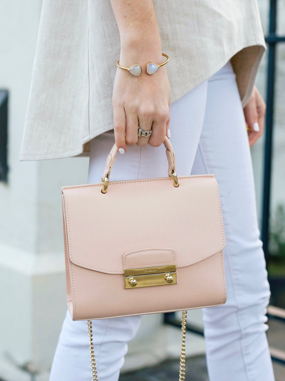 fashion blogger lcb style ruffle top-48.jpg