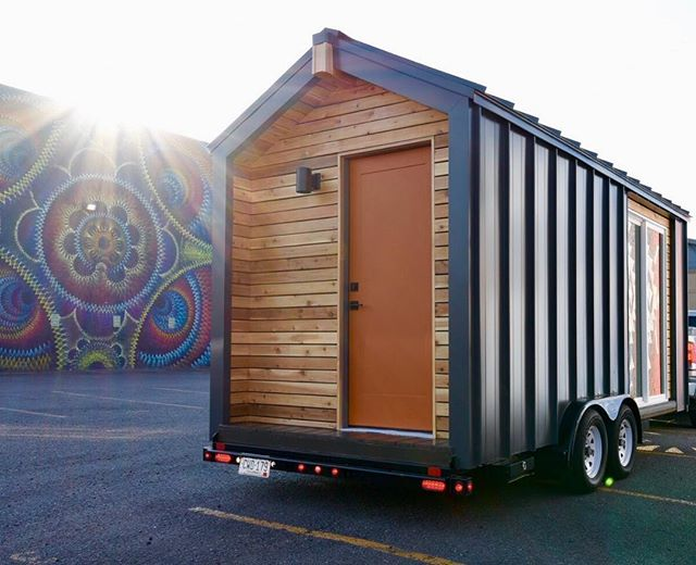 Tiny Wonderful was taken out on location for photos today! Check out our story to see more! @radianplacematters @jennysmileyphotography . . . #workshop #tinyhouse #tiny #denver #colorado #rinoartdistrict #custom #photoshoot #location #wood #orange #streetart #houseonwheels