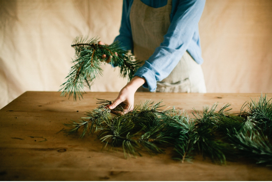 Foraging DIY Christmas Tutorial