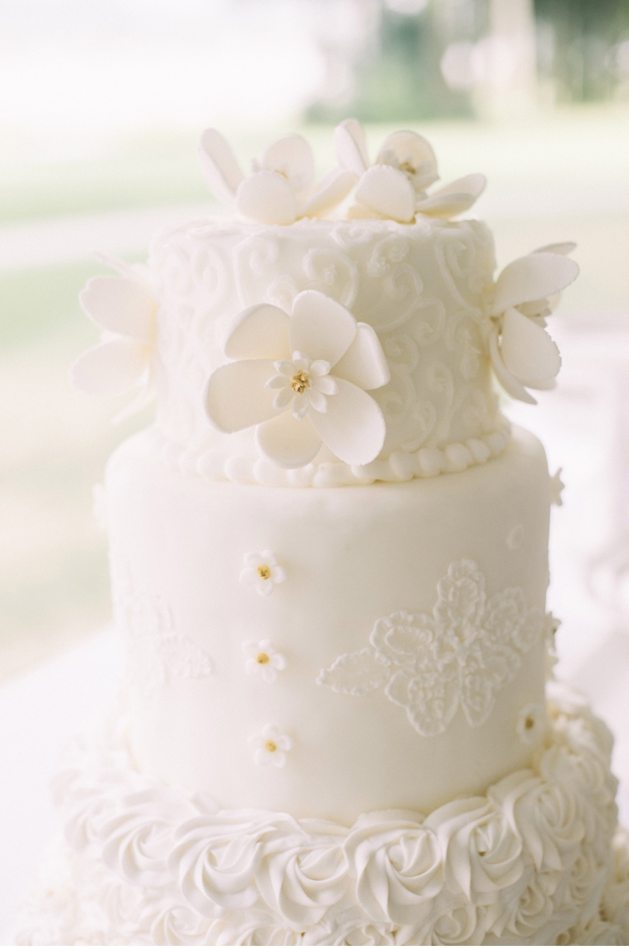 Canadian-Wedding-Cake