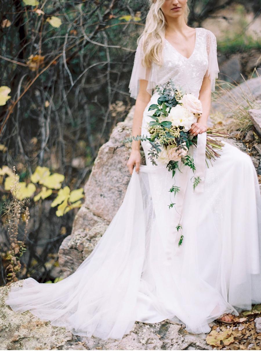 Vale-and-Vine-Fine-Art-Weddings