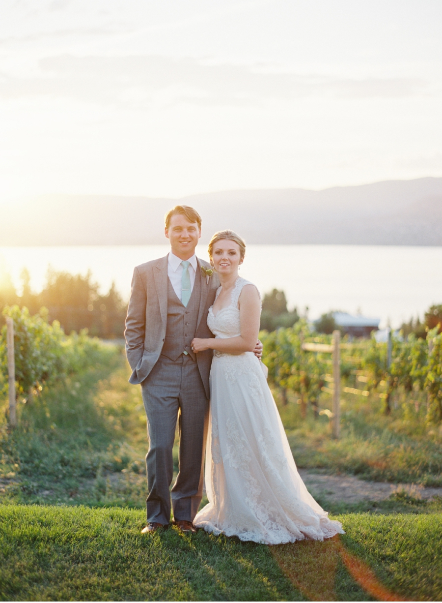 Vale-and-Vine-Wedding-Blog