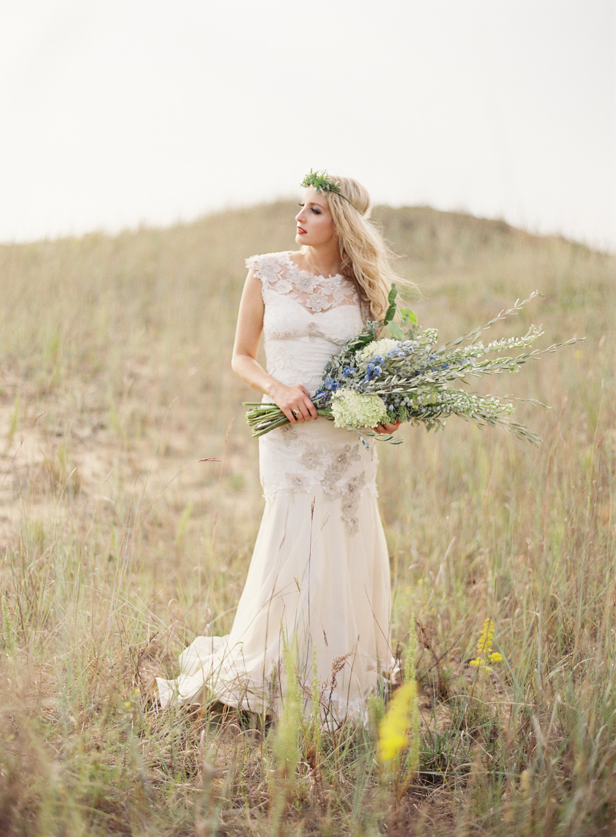 Vale-and-Vine-Wedding-Inspiration