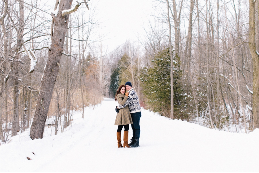 Ontario-Winter-Engagement-Session
