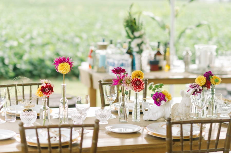 Country-Wedding-Table-Setting