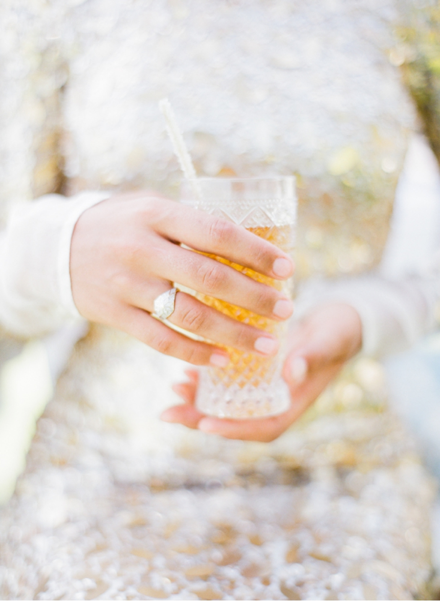 Gold-dress-and-cocktail