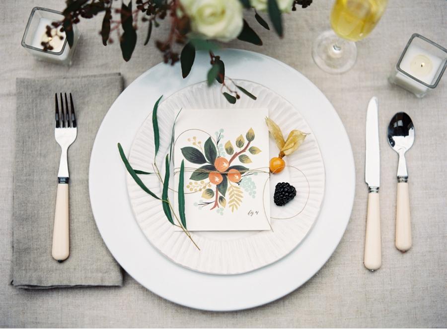 Vale-and-Vine-Spring-Wedding-Inspiration