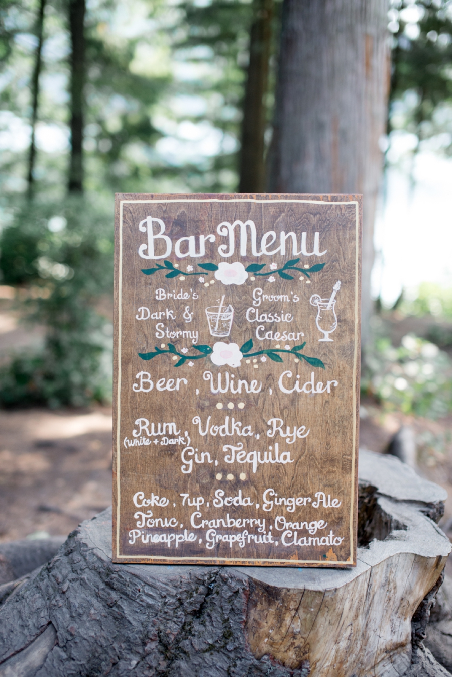 9. Invite your guests to party with an upscale camp-style DIY script.  Photography by    Christie Graham Photography  .  Enjoy this summer camp wedding   here  .