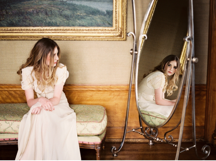 Bridal-Prep-Natural-Light
