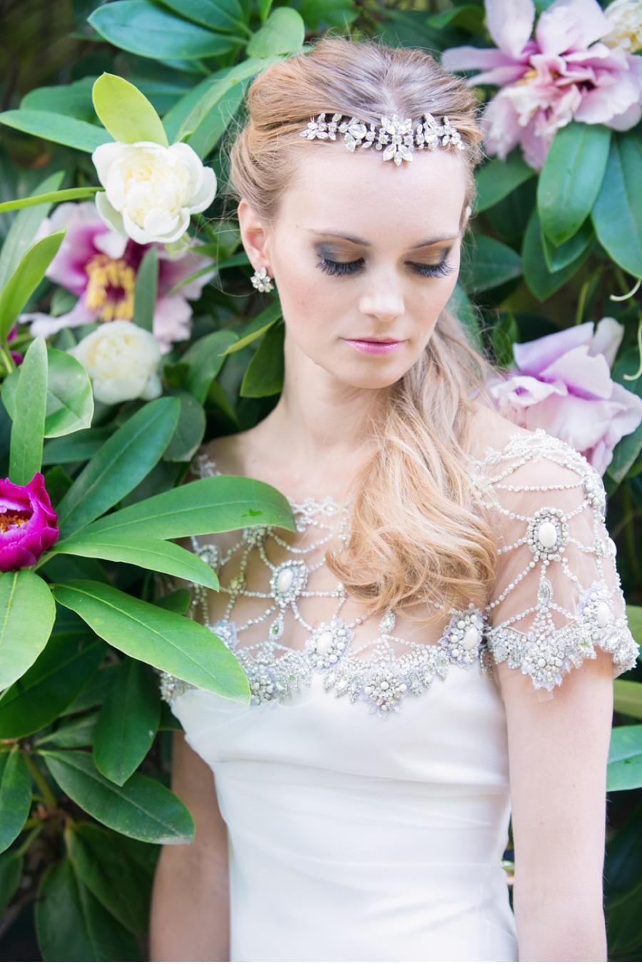 Garden-Bridal-Inspiration