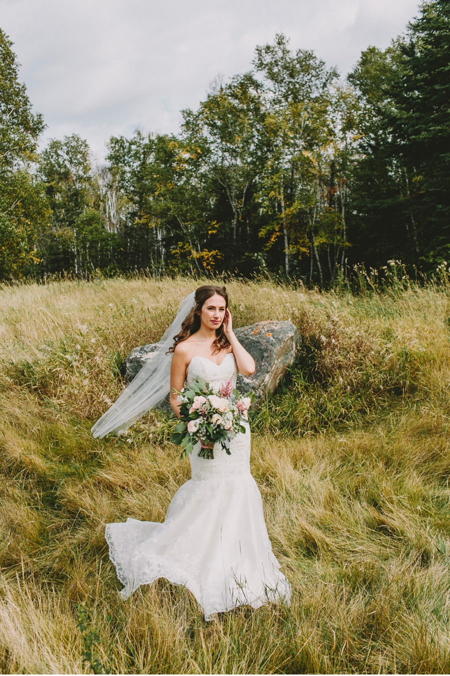 Windswept-Bride-in-a-Field