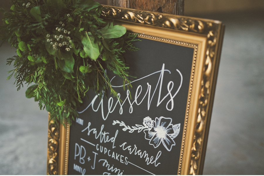 Dessert-Signage-Wedding-Ideas