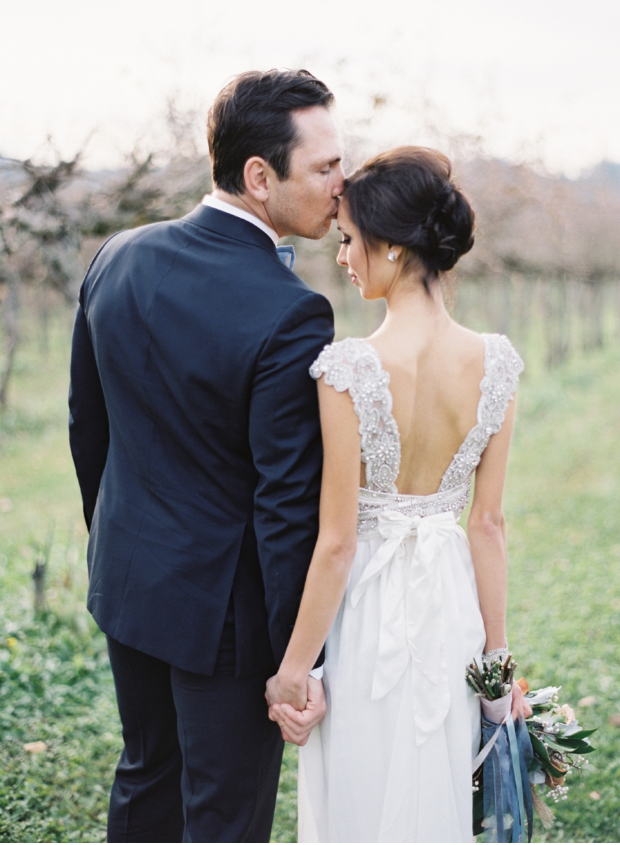 Vale-and-Vine-Winter-Wedding