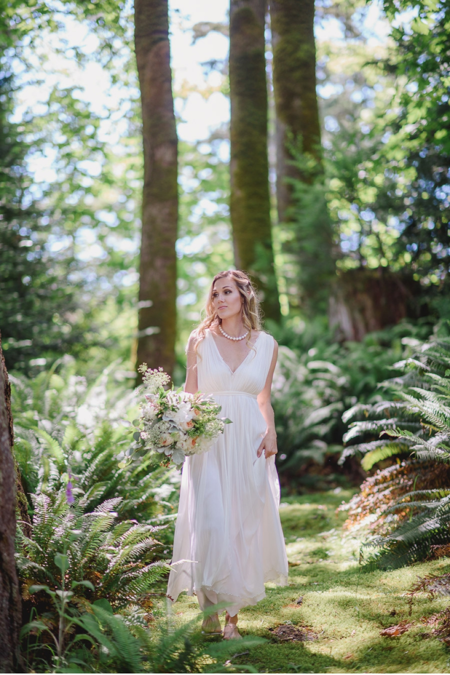 Forest-and-Ferns-Wedding-Inspiration
