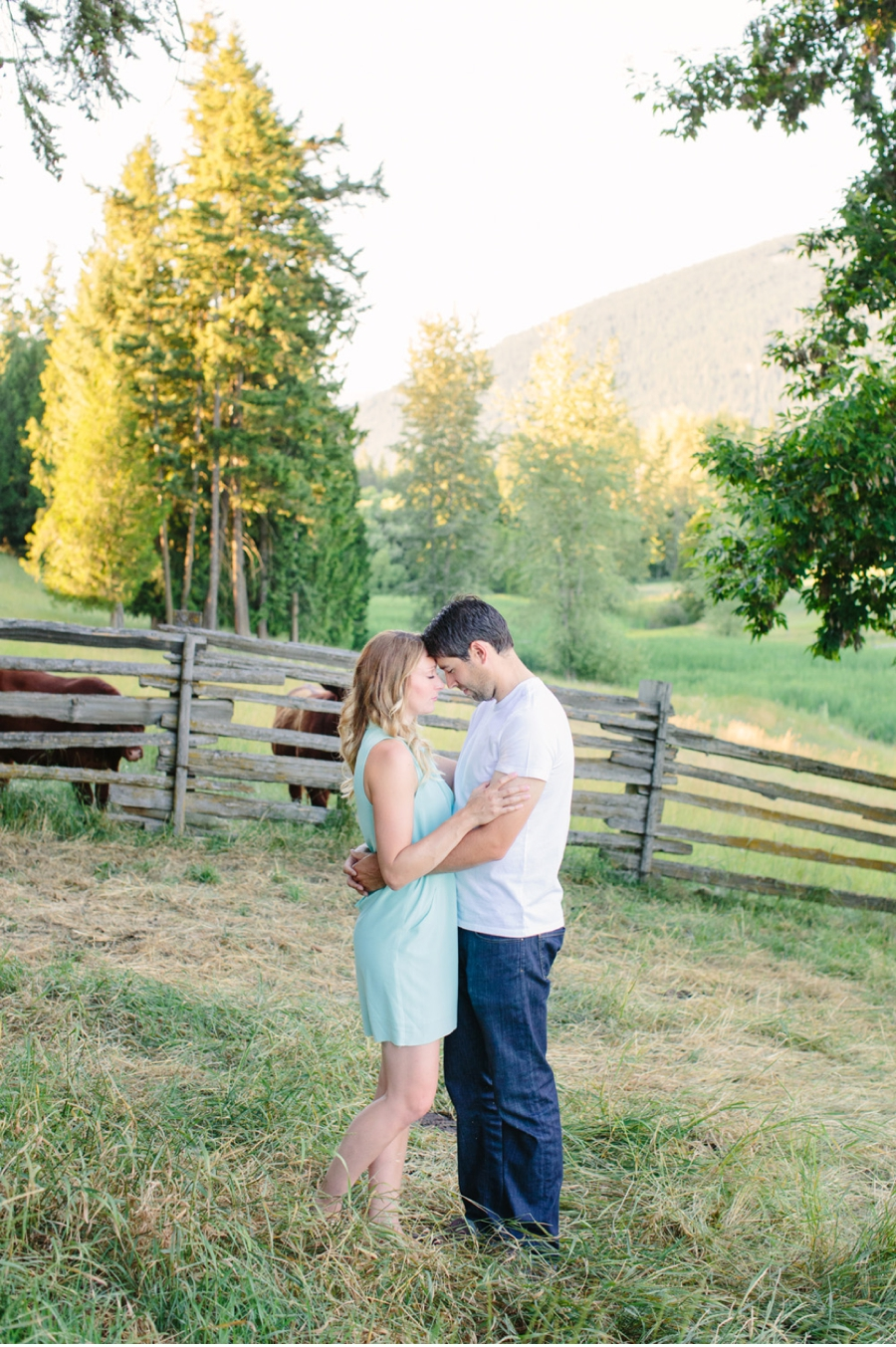 Casual-Farm-Engagement-Session