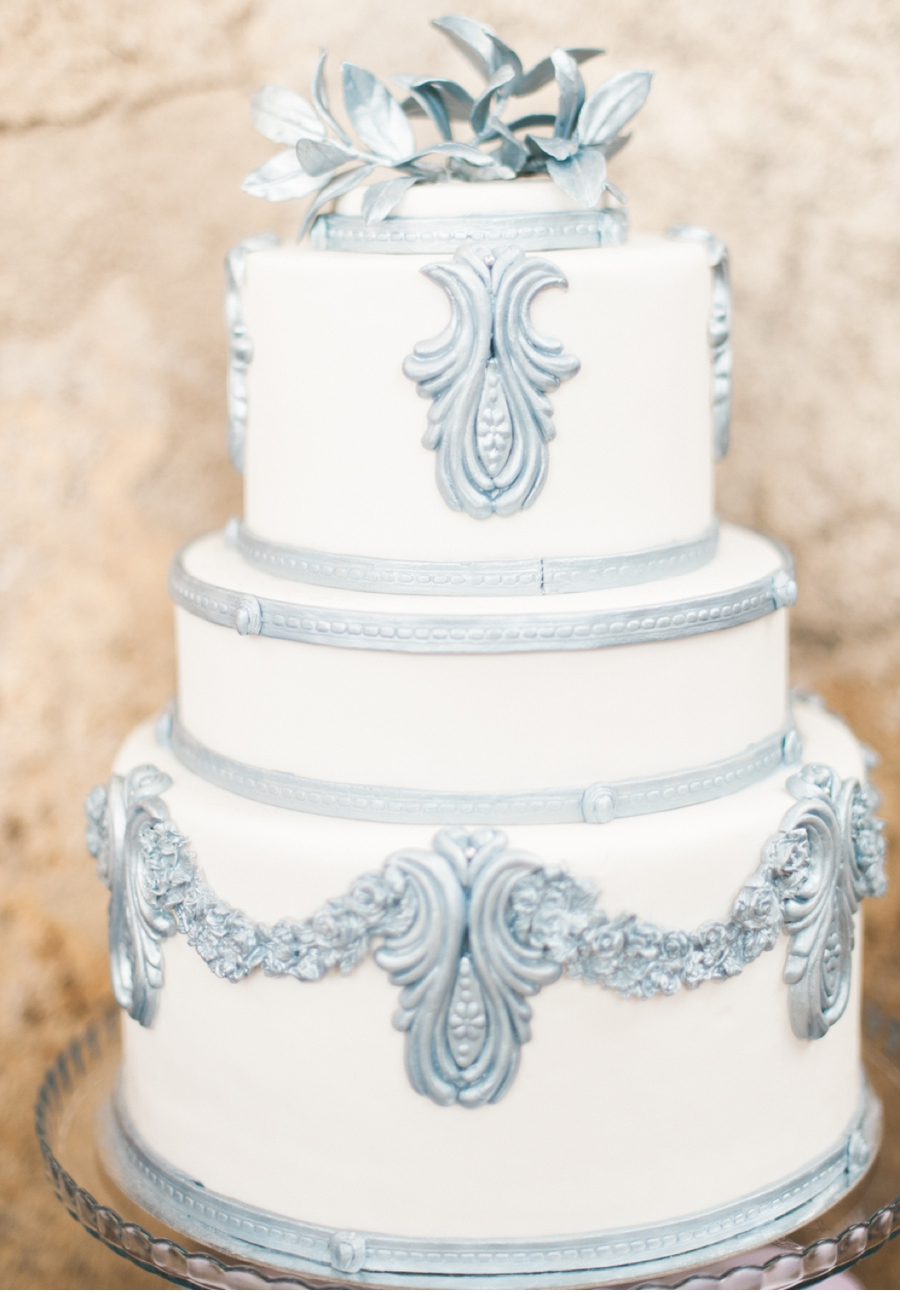 White-and-Silver-Wedding-Cake