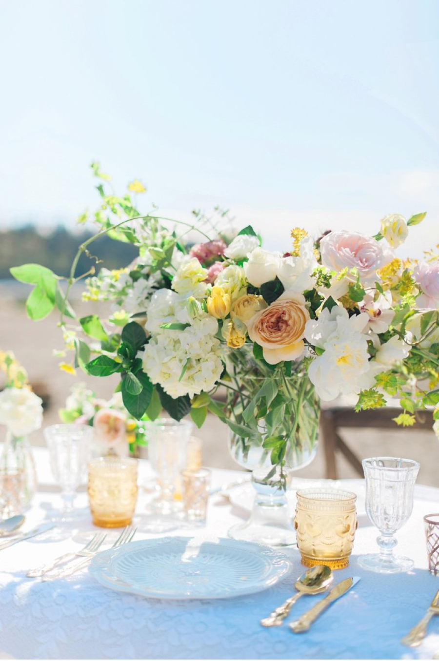 beach-bohemian-tablescape