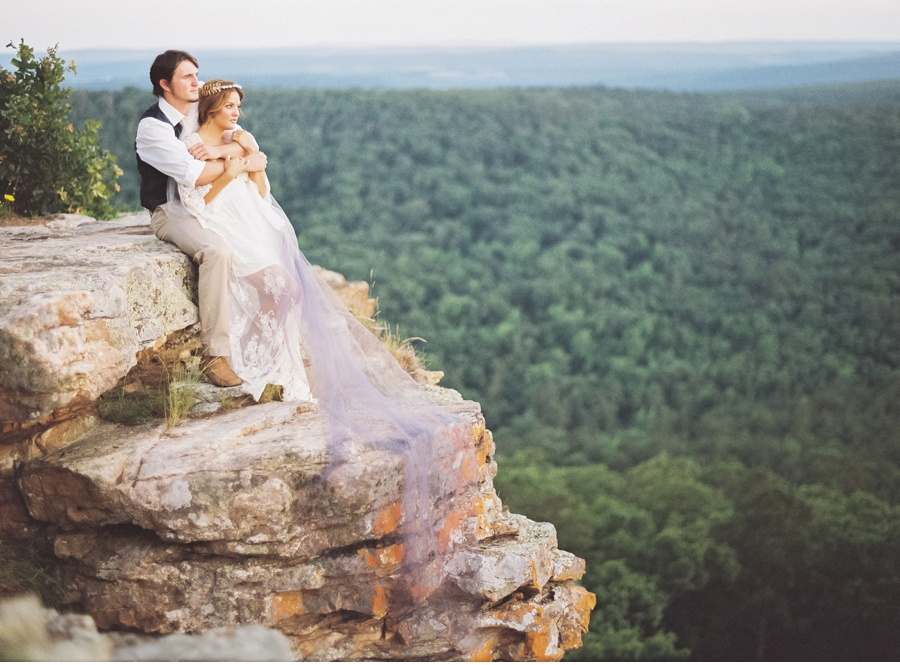 Mountaintop-Elopement-in-Arkansas