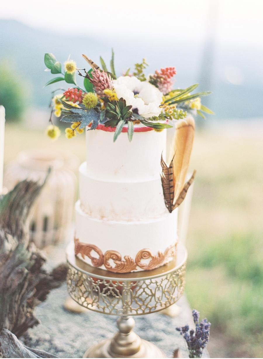 Wildflower-Wedding-Cake