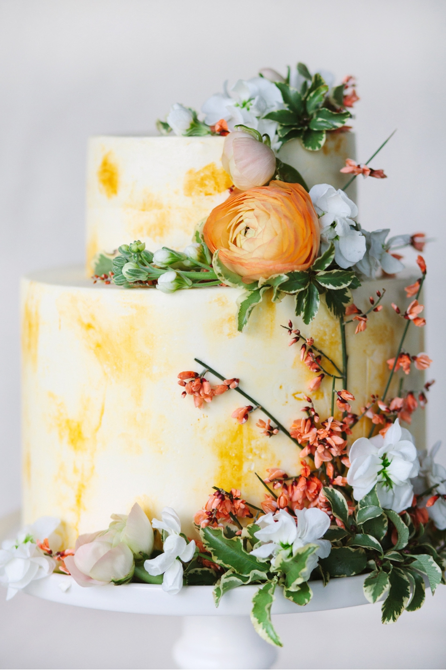 Autumn-Inspired-Tiered-Wedding-Cake