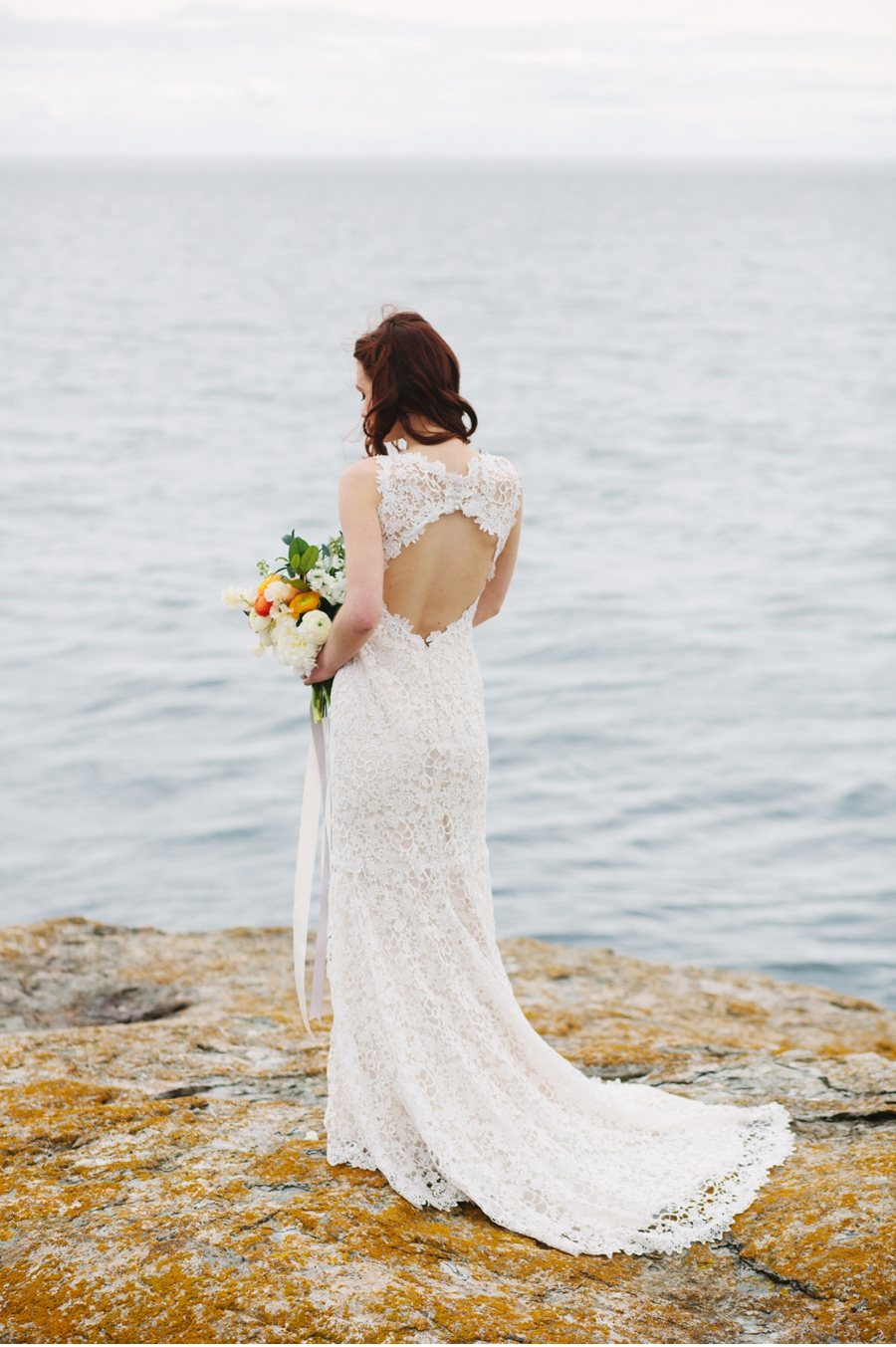 West-Coast-Redhead-Bride-with-Bouquet