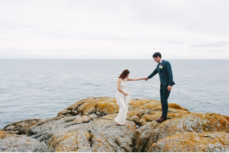 Bride-and-Groom-on-Vancouver-Island
