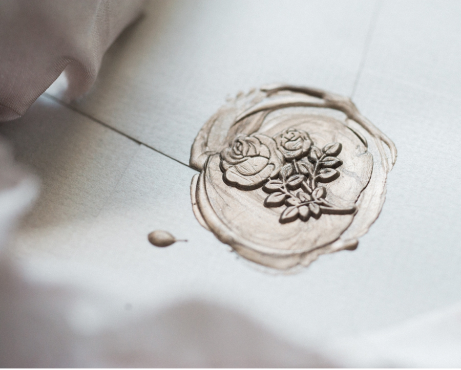 Champagne-Wax-Seal-with-Rose