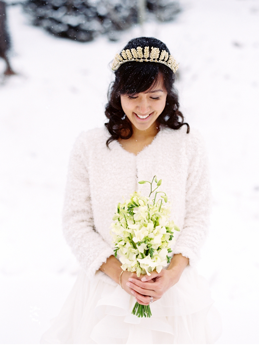 White-and-Gold-Fine-Art-Winter-Wedding
