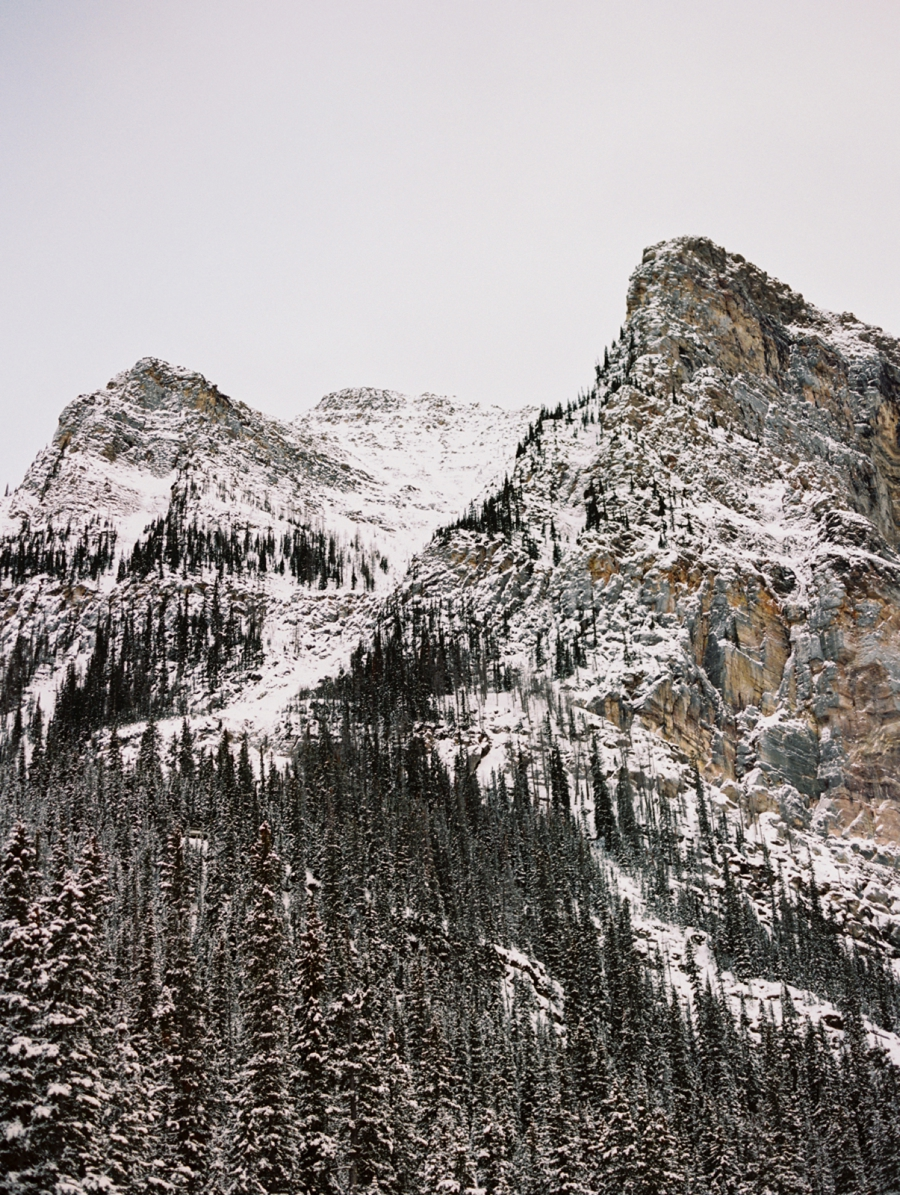 Canadian-Rocky-Mountains-at-Christmas