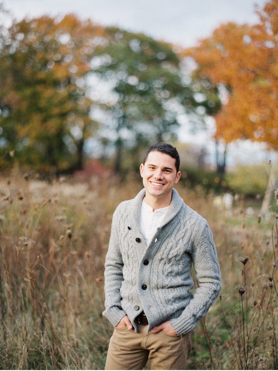 Fall-Foliage-Relaxed-Engagement-Session