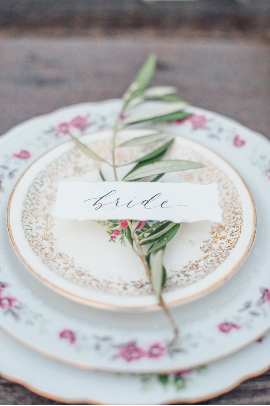 Bride's-Place-Setting