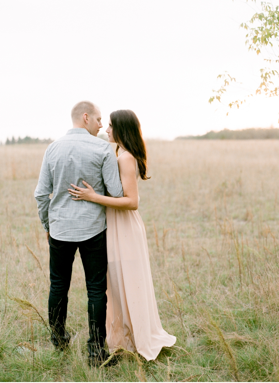 Rural-Manitoba-Engagement-Session-on-Film