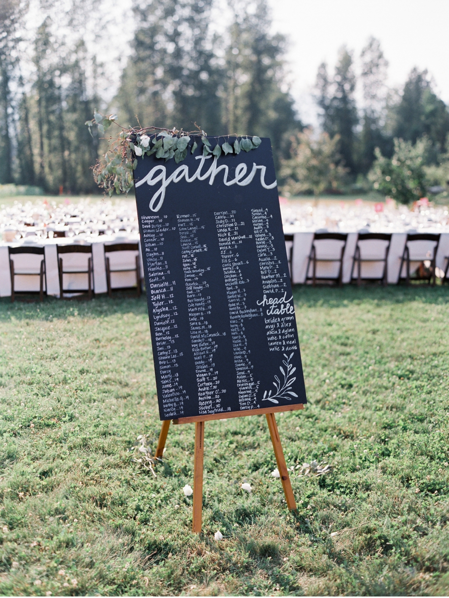 Long-Table-Wedding-Reception