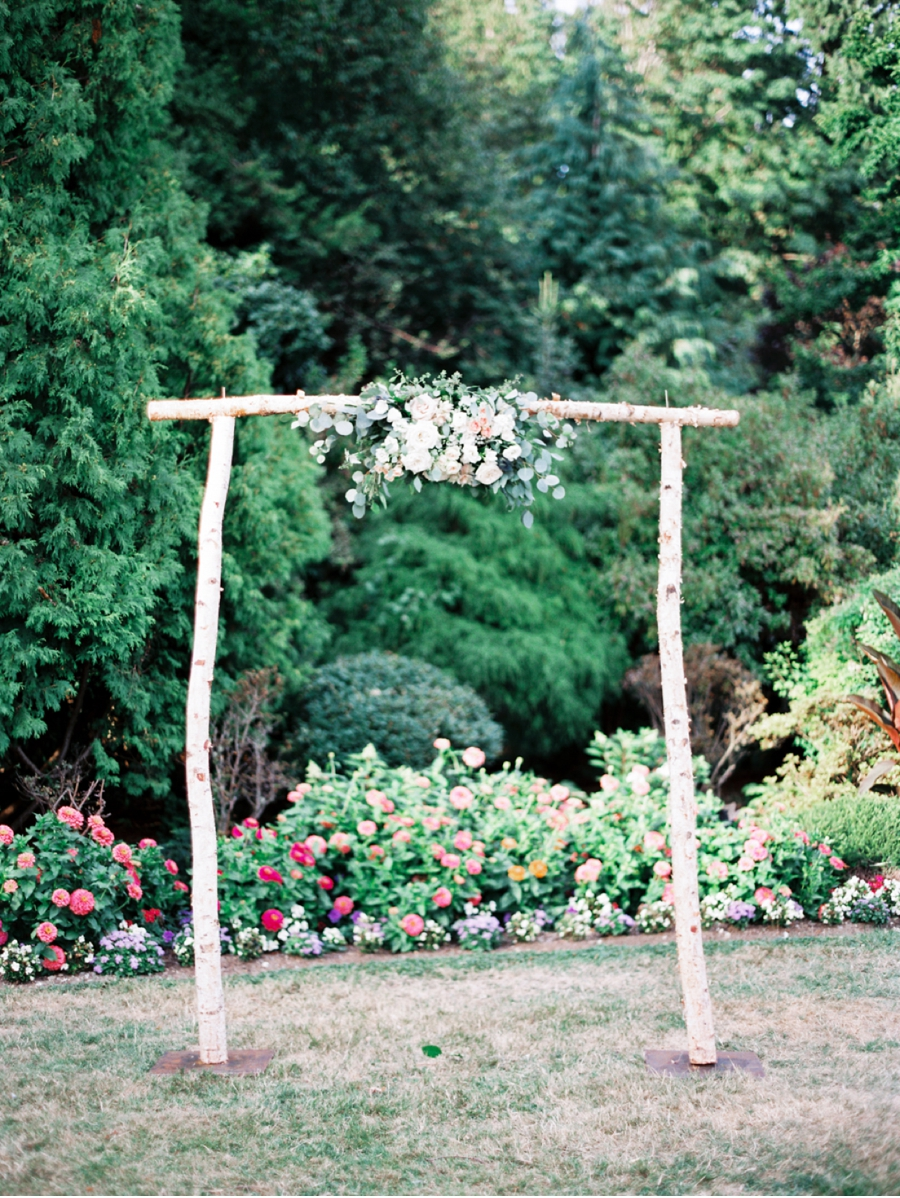 Floral-Ceremony-Arch