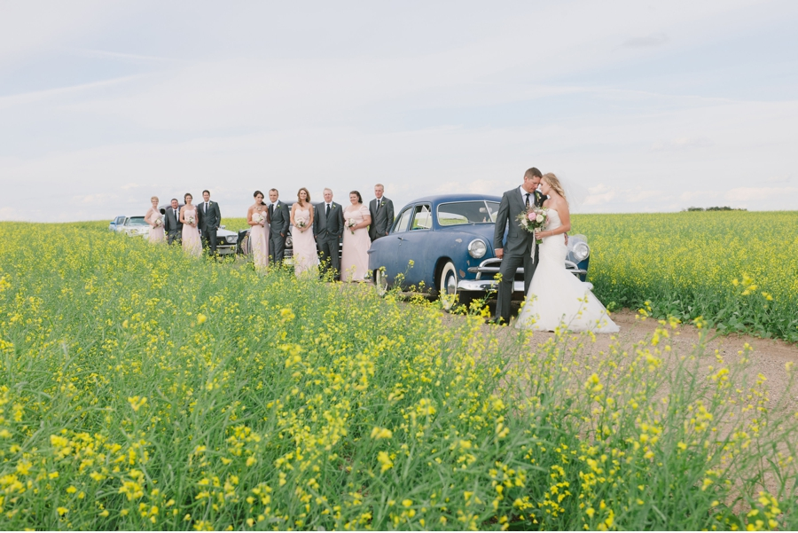 Wedding-Party-with-Vintage-Car