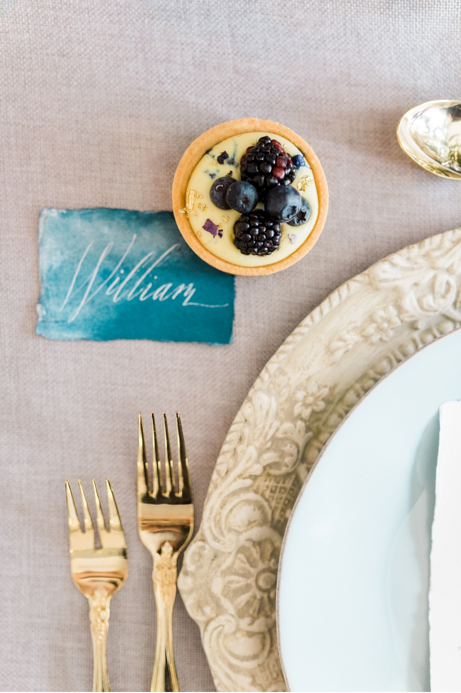 Gold-and-Teal-Table-Settings