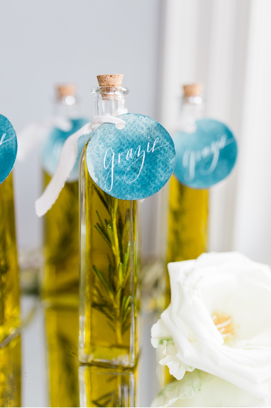 Olive-Oil-Guest-Favours